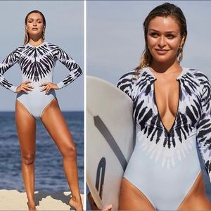 Surf Retro tie-dye swimwear one piece zip